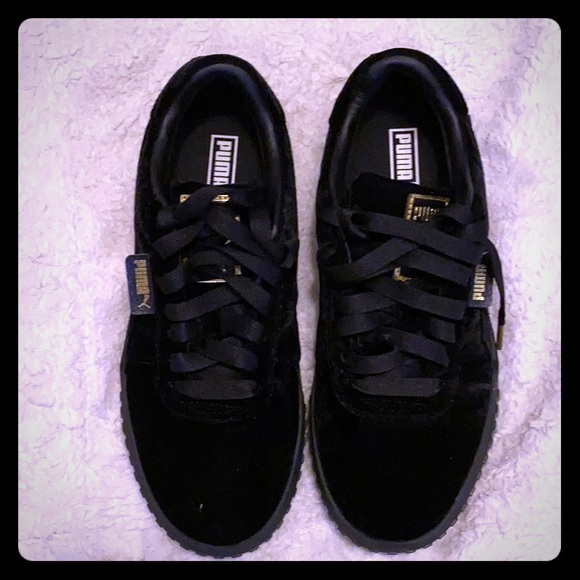Puma Shoes | Cali Velvet Size 9 | Poshmark
